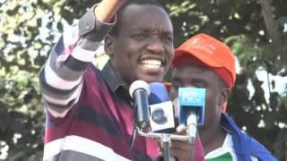 #BabaWhileYouWereAway; Simba Arati on President Kenyatta