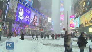 Monster blizzard hits New York