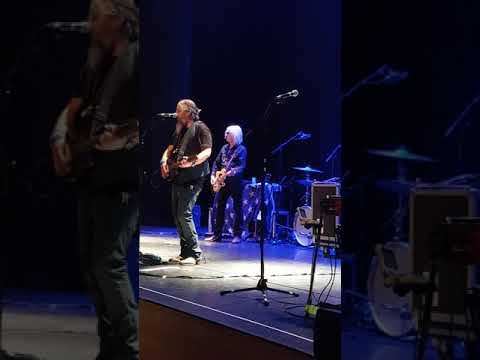 Copperhead Road Steve Earle and the Dukes Perth Royal Concert Hall 2018