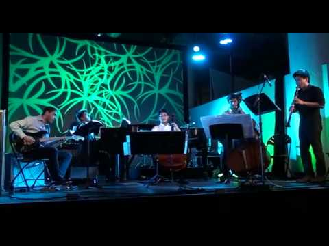 """Music in Similar Motion"" by Philip Glass (SRIRACHA live @ UNPLAY)"