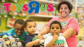 FAMILY PRETEND PLAY HIDE N SEEK IN TOYS R US Learn to Count to 10