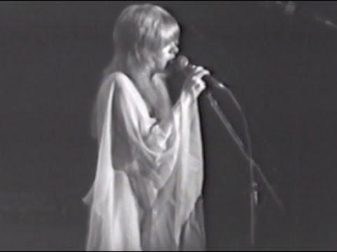 Fleetwood Mac - Full Concert - 10/17/75 - Capitol Theatre (OFFICIAL)