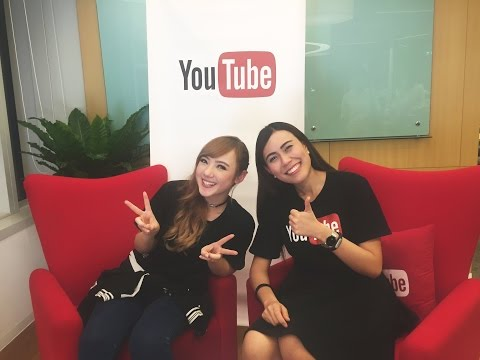 YouTube LIVE#9 : สัมภาษณ์สดพลอยชมพู  | Live Interview with P
