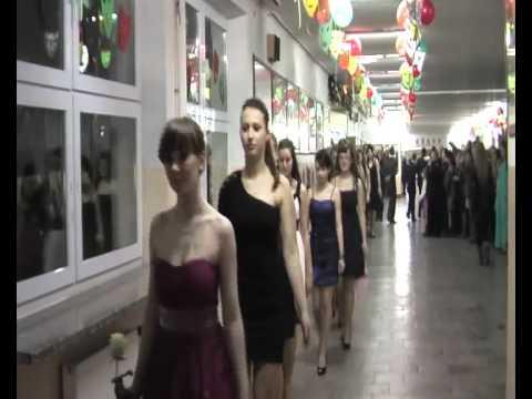 f5486129e5 Gimnazjum nr 11 - bal gimnazjalny 2011 - polonez - YouTube