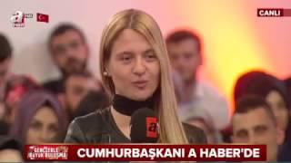 Öğrenciden Erdoğan'ı Gülümseten Soru: Eşinizin 'Eve Gelirken...