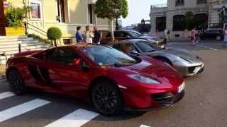 Les Plus Belles Voitures de Monaco garées devant le Casino de Monte-Carlo