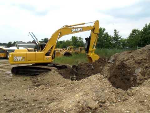 2005 John Deere 230CL Hydraulic Excavator