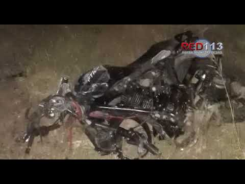 VIDEO Motociclista fallece en choque contra un auto en Apatzingán