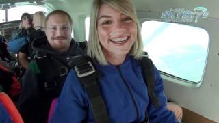 Debbie Pratt's Tandem skydive!