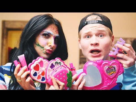 KINDER MAKE-UP GLITTER FACE MET KELVIN - YES MAN - Anna Nooshin