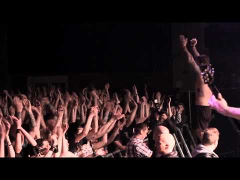 Bleeding Through - Love lost in a Hale of Gunfire / For Love and Failing (live @ NEVER SAY DIE 2010)