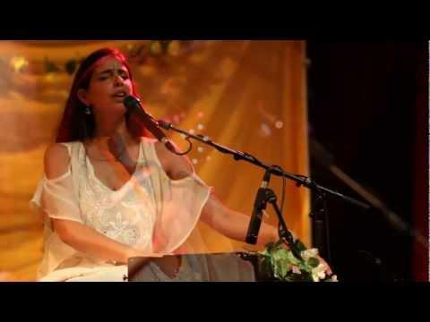 Aisa Naam - GuruGanesha Band featuring Paloma Devi
