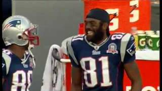 Randy Moss Jokes Around with a Fan