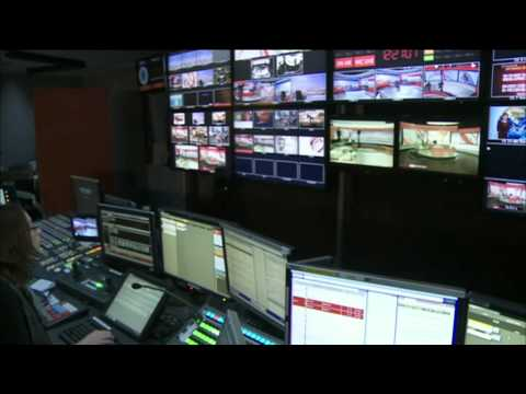 AN INTRODUCTION TO THE WORLD'S NEWSROOM WITH LUCY HOCKINGS - BBC WORLD NEWS
