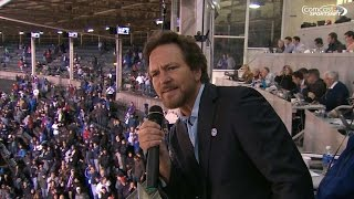 Vedder sings during the 7th-inning stretch