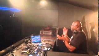 Carl Cox playing Reinier Zonneveld, Axan & Digital Primate - Critical Bomb