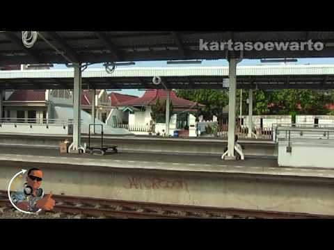 Cirebon Railway Station 2011 (Original Audio)