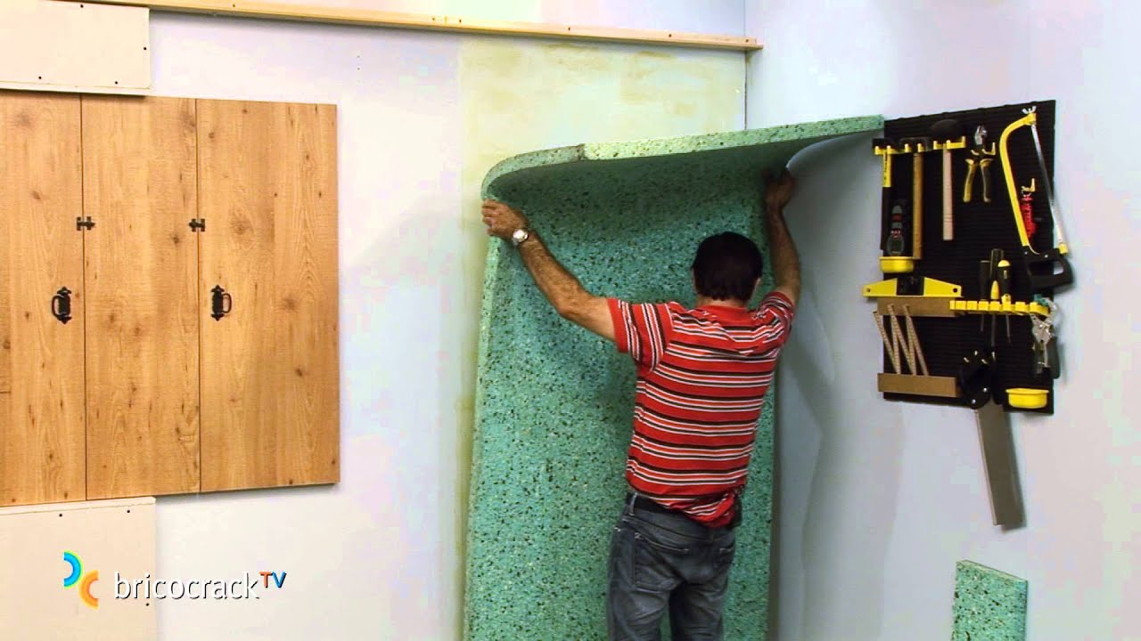 Aislar una pared con paneles encolados (Bricocrack) - YouTube
