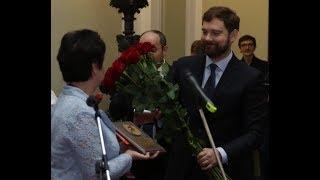 Смотреть видео Москва 24 _форум Языковая политика онлайн
