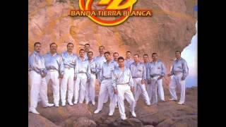 Banda Tierra Blanca - Me Estas Haciendo Falta
