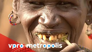Brushing your teeth with a twig in Kenya - vpro Metropolis thumbnail