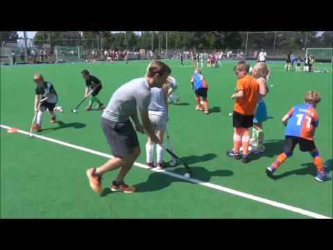 Hockey clinic Jeroen Hertzberger Ames Audi en AA Lease bij DMHC Dordrecht