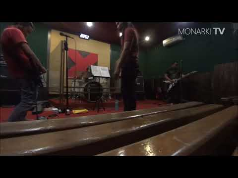 IRON MAIDEN - THE TROOPER cover by MONARKI