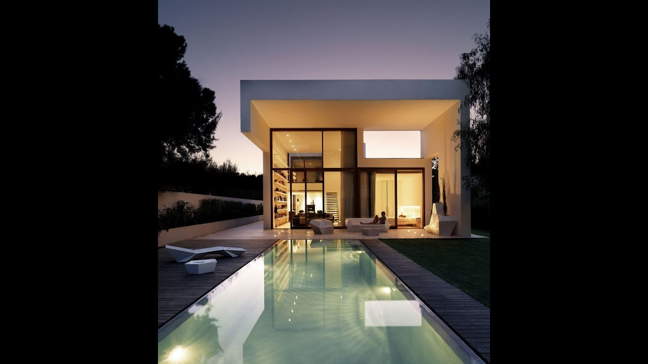 Contemporary House Style with Trapezoidal Shape and Futuristic