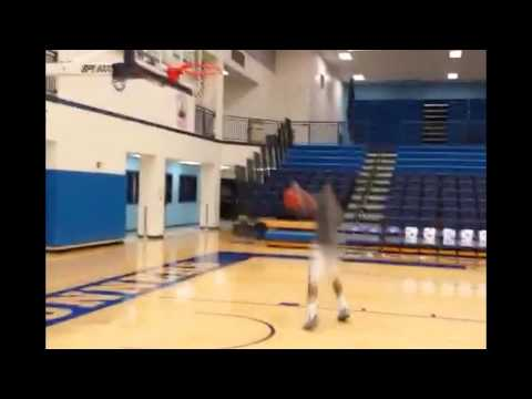 "Crazy DUNKS! 5""9 Ty Harris has BOUNCE"