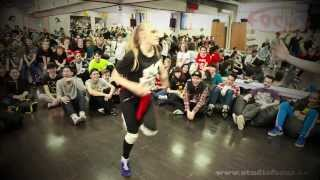 B-Girl Vika I Break Dance Battle 3x3 I Dance Studio Focus