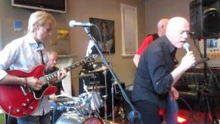 Five Sided Circle : (Here We Go Round) The Lemon Tree (live 2011)