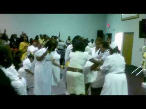 Biggest Funeral Praise Break Ever!! Amber Edwards Funeral St. Louis