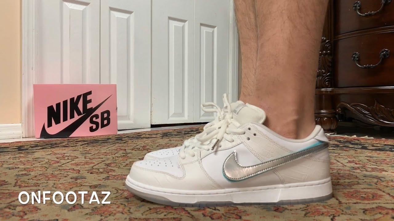 Nike SB Dunk Low Diamond Supply Co White On Foot - YouTube e390737c5c