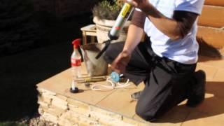 Нанесение герметика для деревянного домостроения Wepost Wood(В данном видео показывается процедура нанесения герметика для деревянного домостроения Wepost Wood в швы между..., 2013-12-11T09:59:45.000Z)