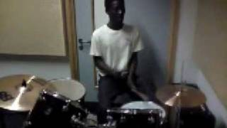 Repeat youtube video maleven testing out da drums