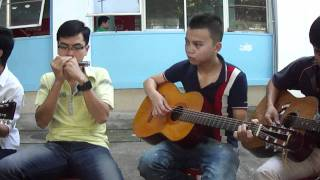 khi cô đơn em nhớ ai-guitar+hacmonica.MP4