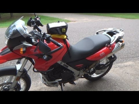 Installing A Wolfman Expedition Tankbag On A Bmw G650gs Youtube