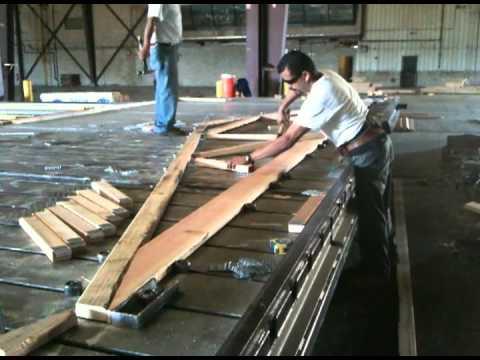 Wood truss construction - YouTube