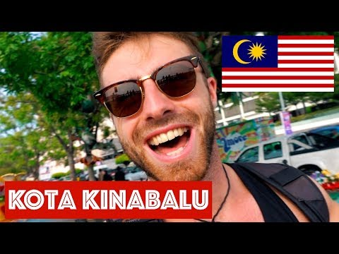 A DAY IN KOTA KINABALU: WATER SLUM, SIGNAL HILL AND MALAYSIAN MALLS