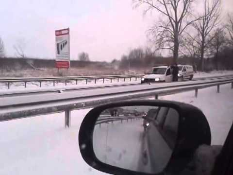 How to drive on ice in the polish style