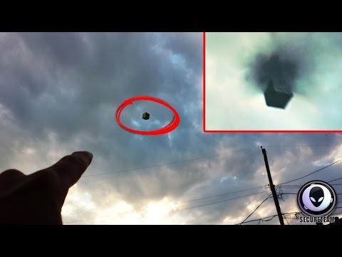 MINDBOGGLING Black Portal & Alien Cube UFO Over Texas! 6292015