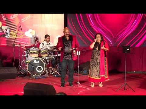 Gazab Ka Hai Din-By Usha Umesh and Mohan(Concert By Mayiur Music Entertainers)