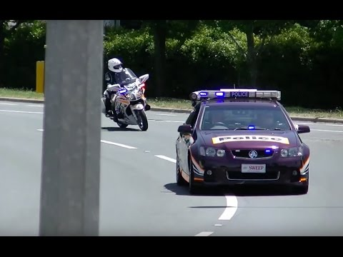 Motorcade of UK Prime Minister David Cameron in Canberra