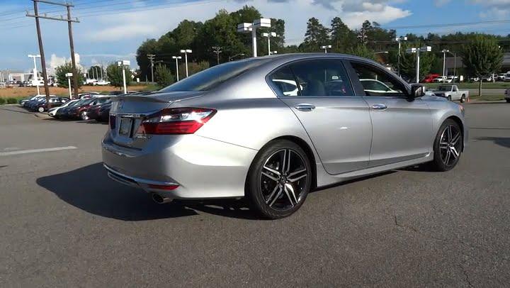 2017 Honda Accord Hickory, Morganton, Huntersville, Statesville, Gastonia,  NC 27454. Hendrick Honda Hickory