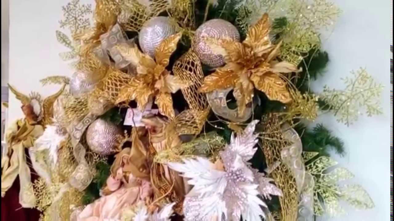 Decoraci n coronas de navidad arreglos navide os 2018 - Adornos navidenos para mesas ...