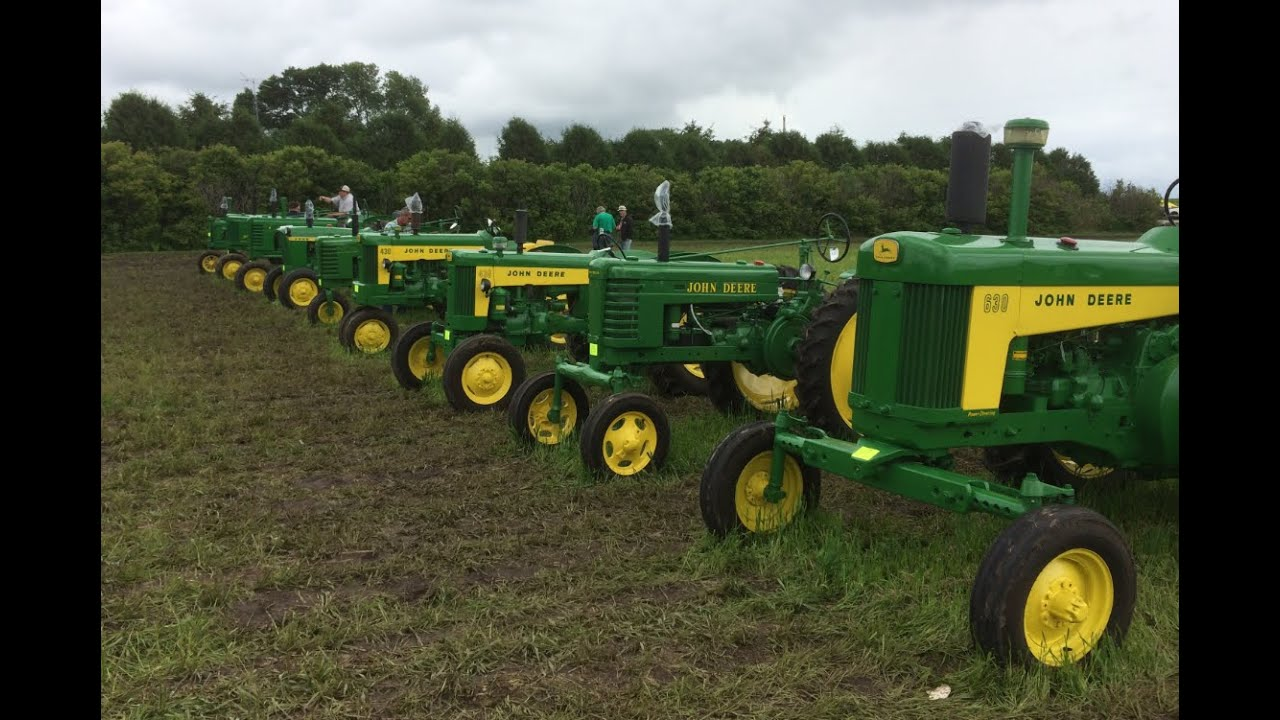 Collectors Vintage John Deere Tractors : John deere tractor collector auction owatonna mn