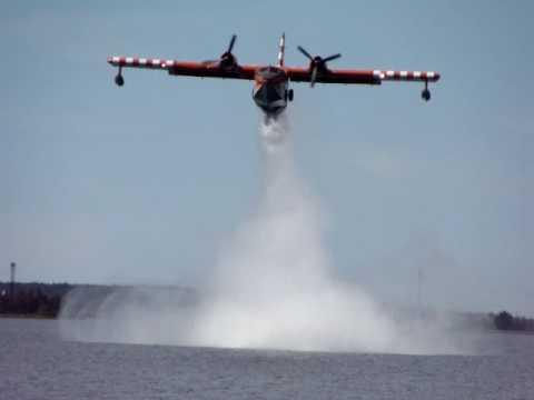 CL 215 Canadair water bomber practice drop circuit