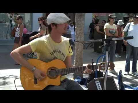 JOHN WEST - APRIL 19TH 2009 SANTA MONICA, CA, 3RD STREET PROMENADE (Raw Clip 2) @The Art Underground