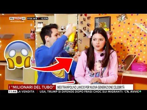 SCHERZO IN DIRETTA TV NAZIONALE! *durante il TG*