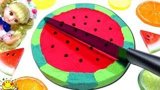 リカちゃんの料理【スイカの砂ケーキ⁉︎】おもちゃのキッチンで手作りお菓子の砂遊び★プリキュアと魔法のスイーツ kinetic sand cake Watermelon たまごMammy thumbnail